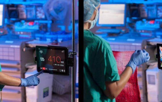 Gauss Surgical wil app voor meten bloedverlies inzetten bij bevallingen