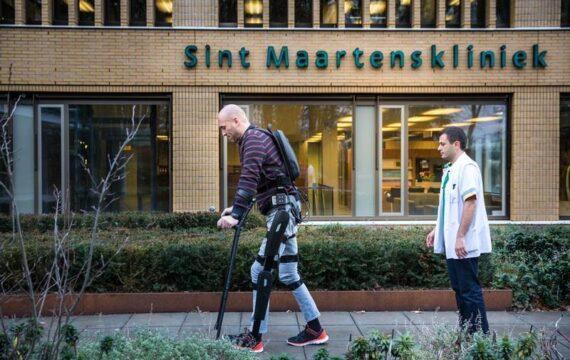 Dwarslaesiepatiënt Ruben de Sain heeft exoskelet bij elkaar gespaard