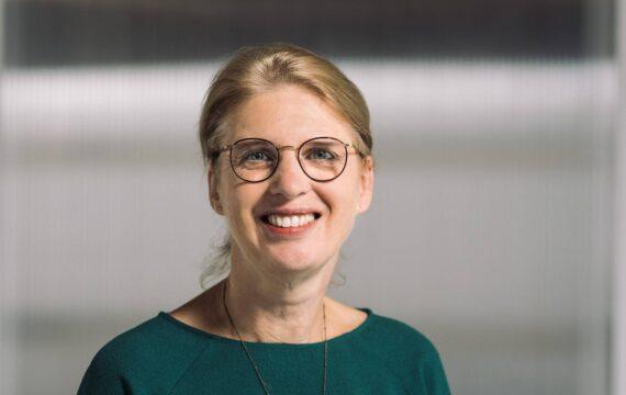 Bijzondere leerstoel Eveline Wouters gericht op betere samenwerking mens, technologie