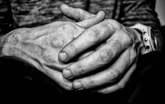 Online therapie alleen op korte termijn effectiever tegen depressie