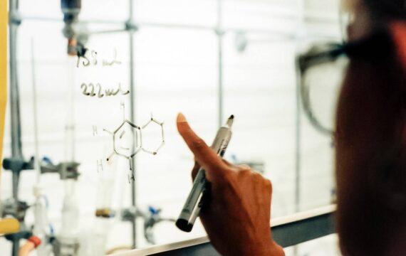 NeLL onderzoekt slimme inhalator die aansluit op patiëntbehoefte