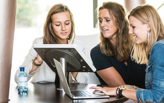 PIT overhandigt kennisagenda praktijkgericht onderzoek aan VWS