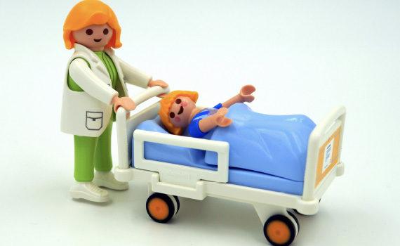 'Verpleegkundige slaat brug tussen patiënt en technologie