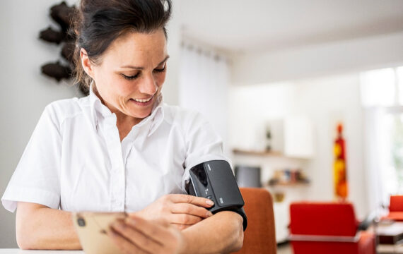 Waarom is bekostiging e-health zo complex? Het kan veel simpeler…