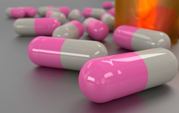 PostNL: 20 procent medicijngebruikers bestelt online medicatie