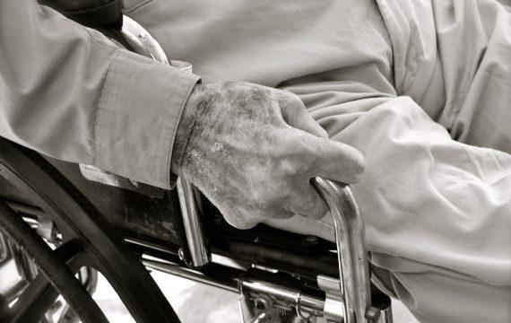 Samenwerking Amsterdamse organisaties voor betere acute ouderenzorg