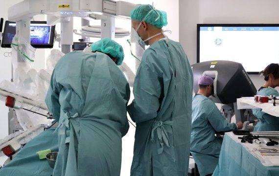 Amsterdam UMC tevreden over inzet operatierobot