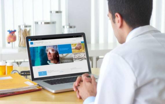 Helft zorgmedewerkers wil betere interne communicatie