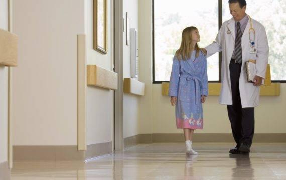 Geautomatiseerd informatie uit social media halen; beweging bij ziekenhuisopname meten