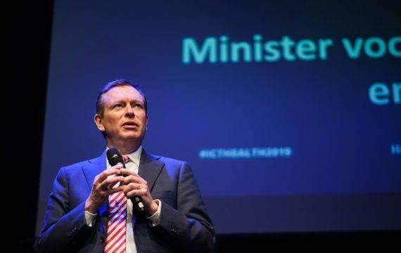 Minister Bruins (Medische Zorg) afgetreden