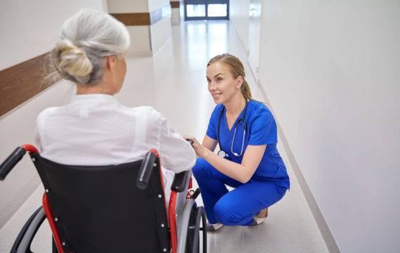 Nivel, RIVM monitoren corona in verpleeghuizen