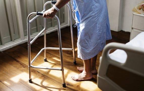 Monitor verspreiding COVID-19 in verpleeghuizen