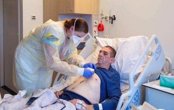Koppeling slimme pleister en elektronisch patiëntendossier