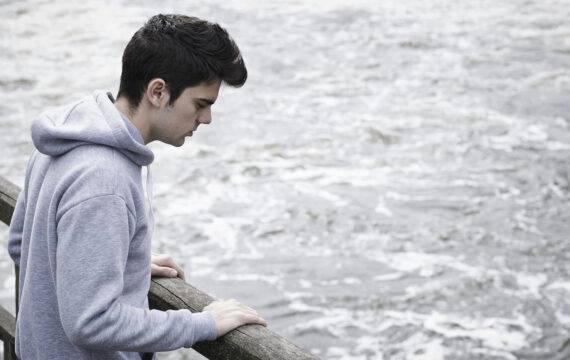 Online behandeling voor suïcidale LHBT-jongeren