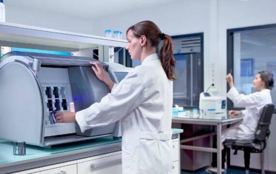 Philips en Ibex versnellen invoering AI in digitale pathologie