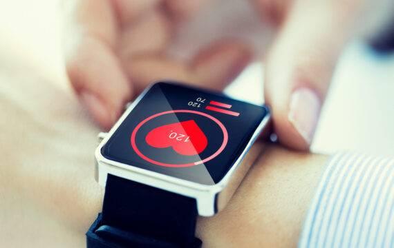 Smartwatch kan hartproblemen voorspellen